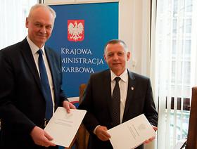 Porozumienie GIORiN i KAS w zakresie nadzoru nad przemieszczaniem i wprowadzaniem do obrotu środków ochrony roślin.