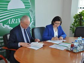 Podpisanie porozumienia regulującego przekazywanie danych i informacji pomiędzy PIORiN i ARiMR